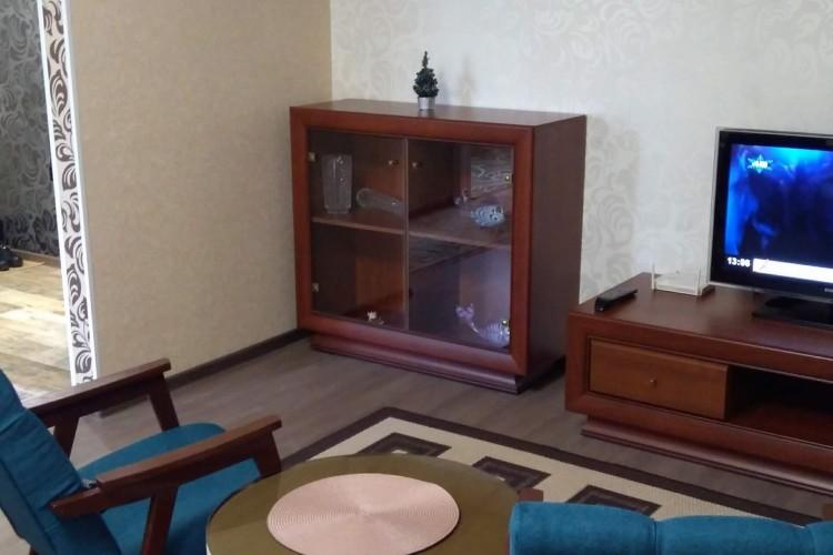 квартира на сутки, Лида, Кирова ул. 9