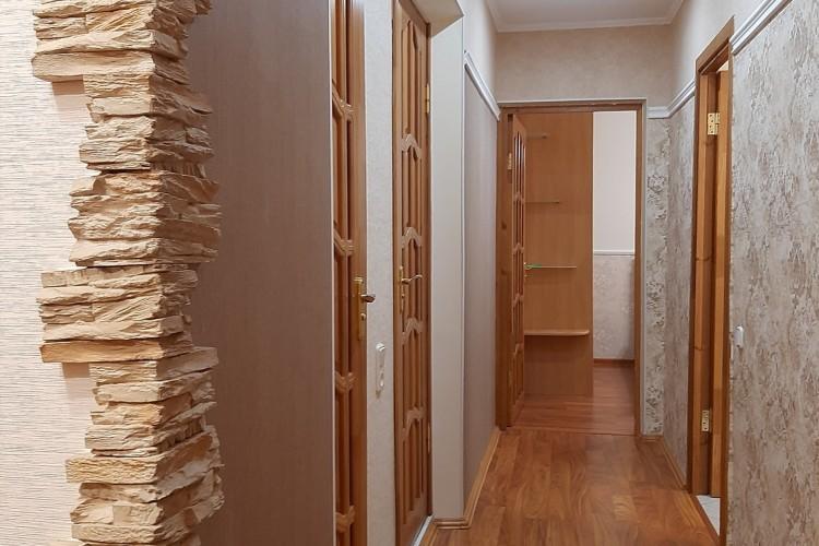 квартира на сутки, Лида, Коммунистическая ул. 37