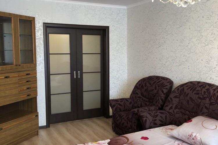 квартира на сутки, Пинск, Солнечная ул. 40