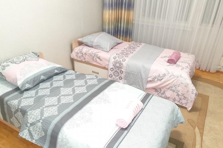 квартира на сутки, Пинск, Центральная ул. 3А