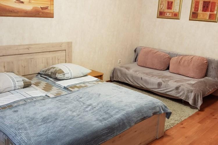 квартира на сутки, Брест, Комсомольская ул. 3