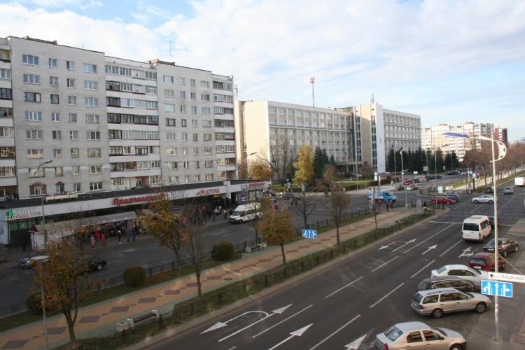 квартира на сутки, Брест, Космонавтов бул. 40
