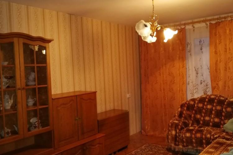 квартира на сутки, Светлогорск, Первомайский мкрн.  12