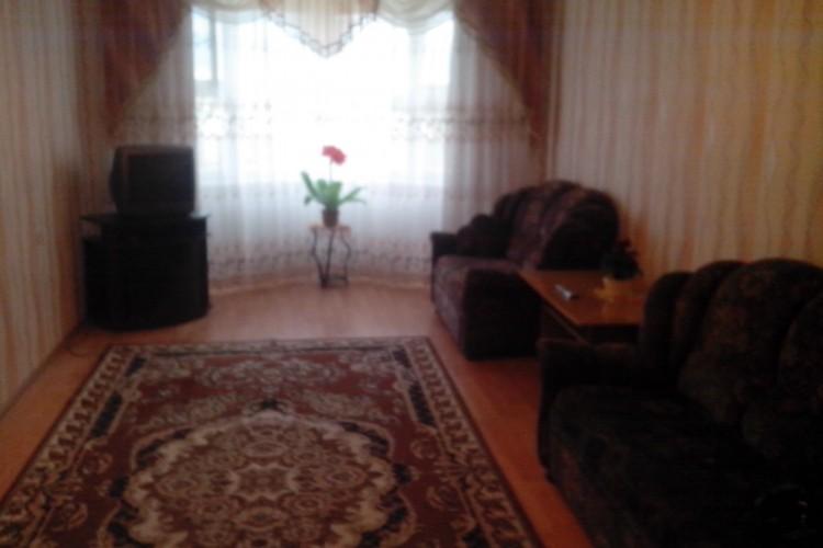 квартира на сутки, Лида, Варшавская ул. 100