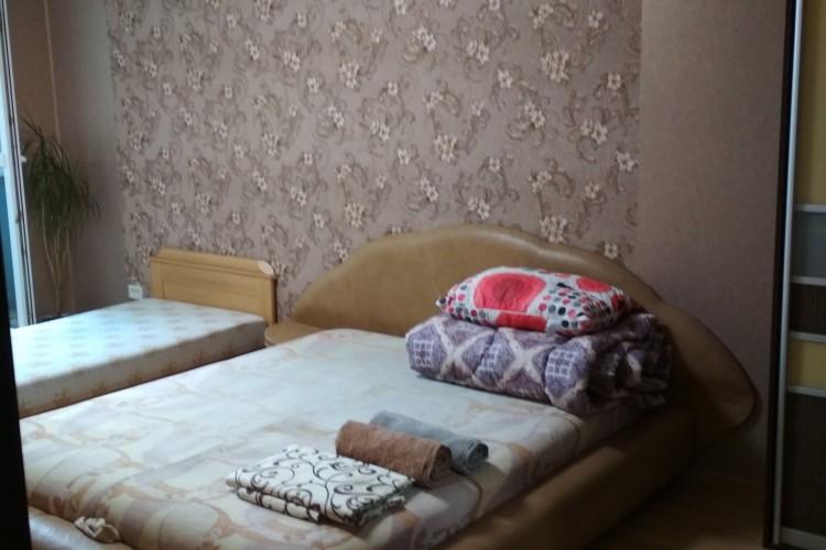 квартира на сутки, Светлогорск, Молодежная ул.  25