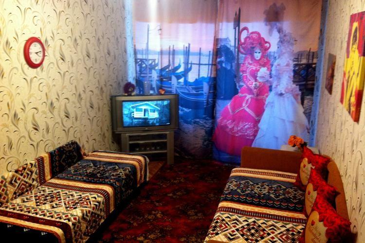 квартира на сутки, Барановичи, Комсомольская ул. 9