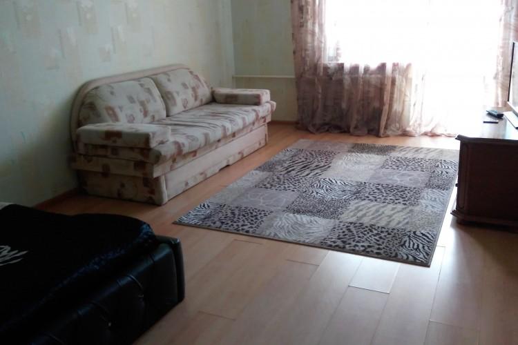 квартира на сутки, Мозырь, Интернациональная ул. 182