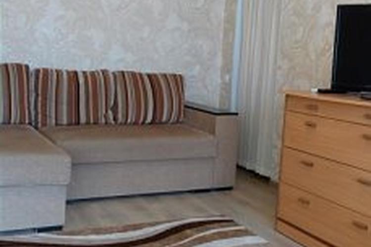 квартира на сутки, Лида, Ленинская ул. 6