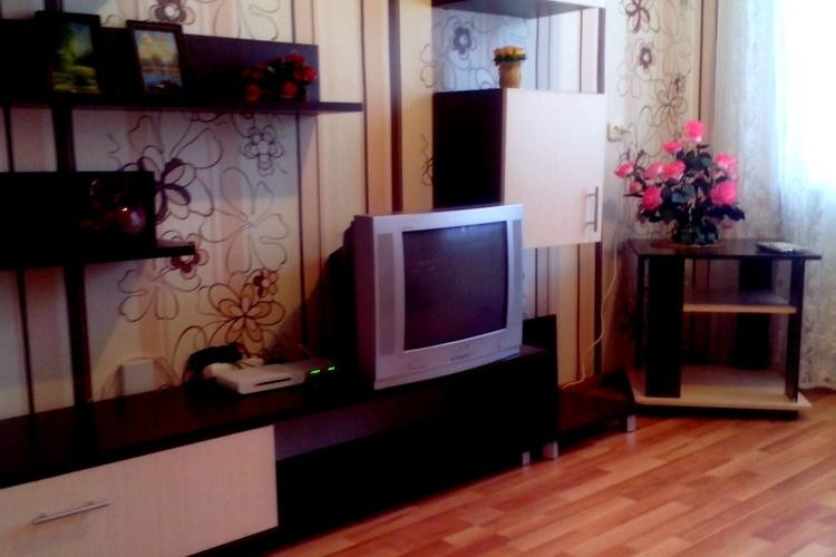 квартира на сутки, Лида, Набережная ул. 1 к. 3